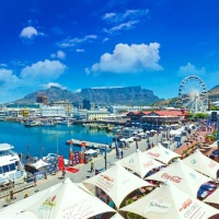V+A Waterfront - experience this lively harbour